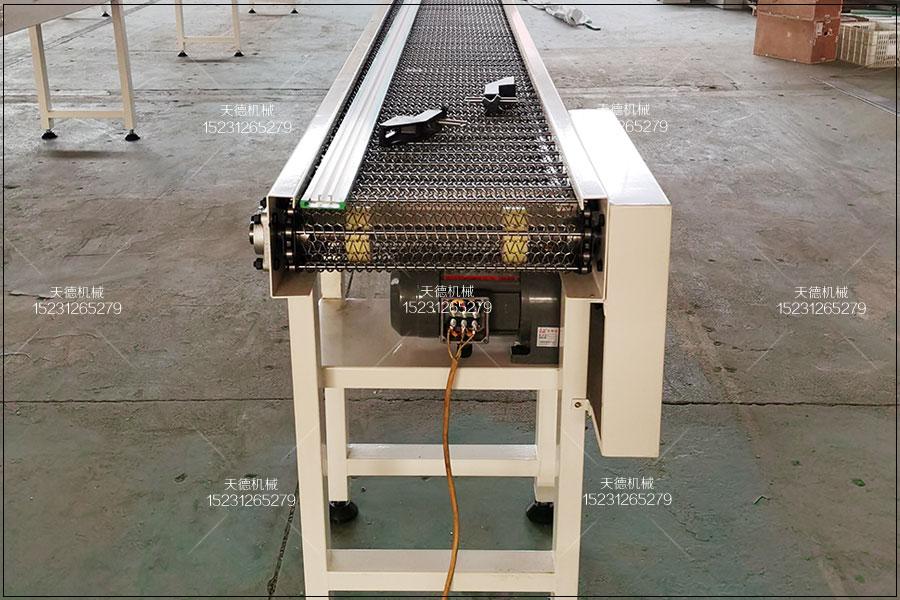 宝鸡雪糕生产线爬坡流水线输送机